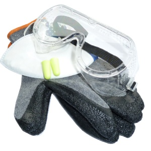 4 Piece PPE Safety Kit Size L Gloves